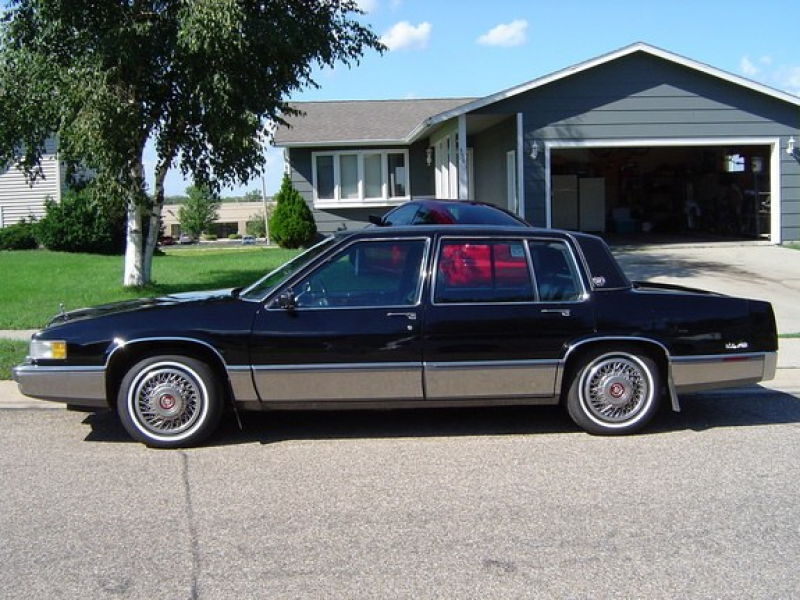 Another sidewallsteve 1989 Cadillac DeVille post...