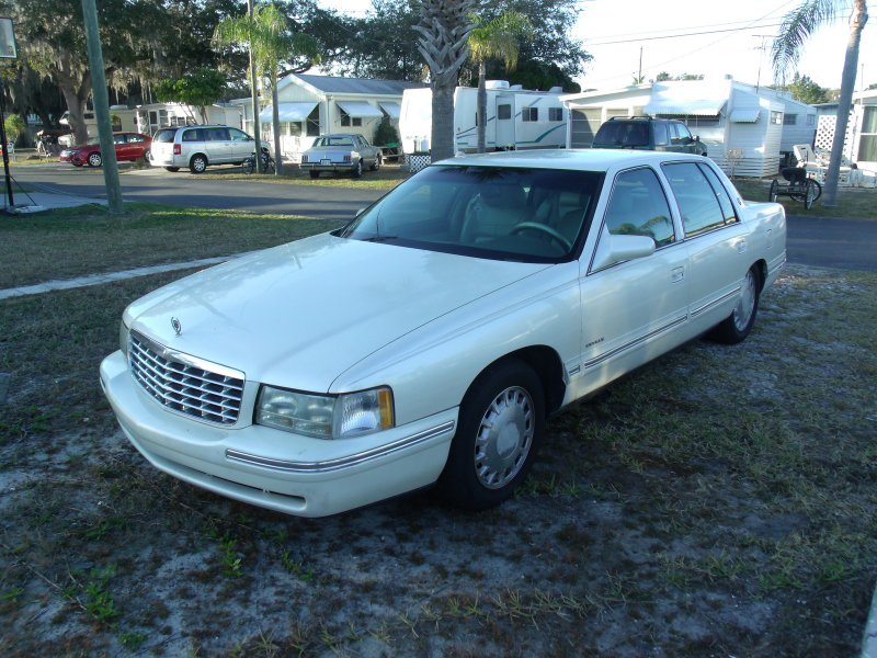 Picture of 1999 Cadillac DeVille Base Sedan, exterior