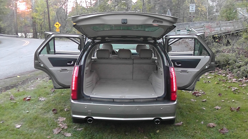 Picture of 2004 Cadillac SRX V6, interior