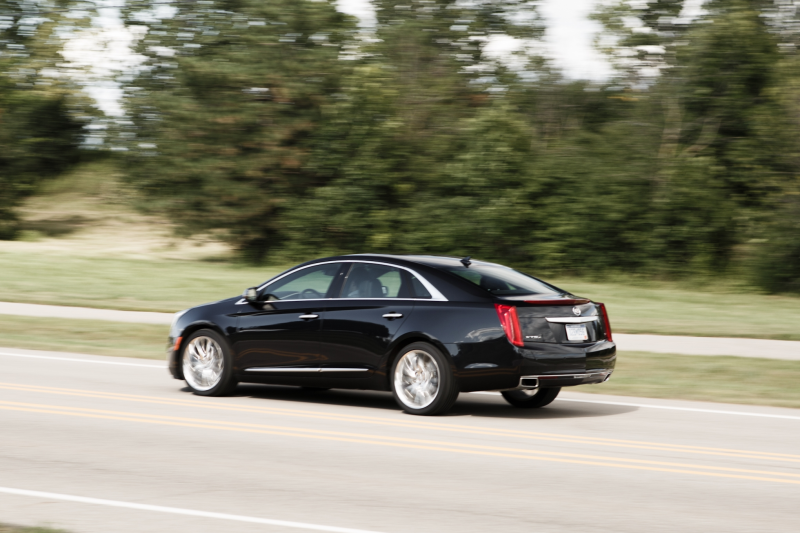 2014 Cadillac XTS V sport rear left side view 3