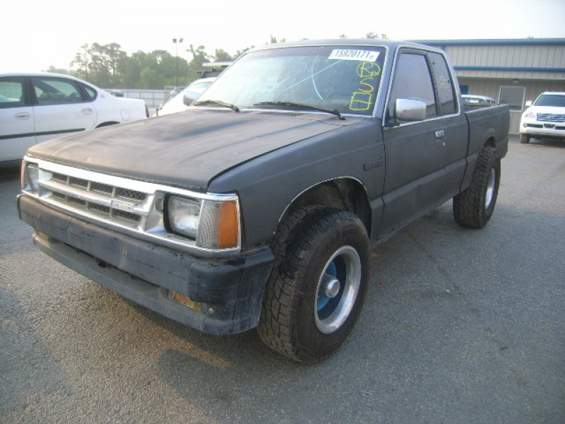 Learn more about Mazda B2600 1992.