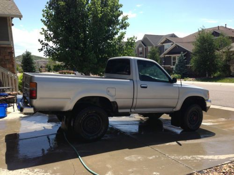 1989 Toyota Hilux 4x4 pick up. (gas) 22RE. FI., US $4,800.00, image 4