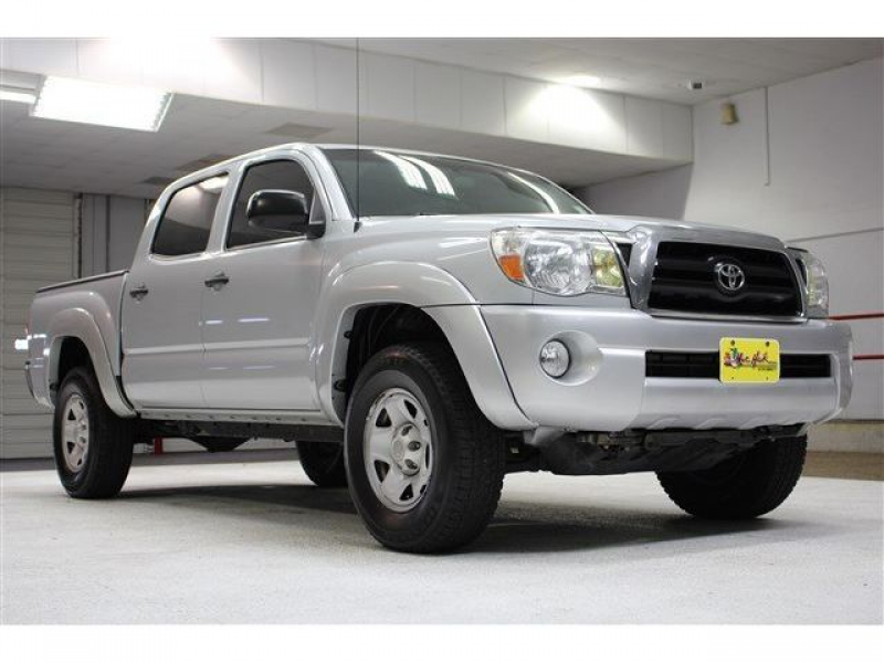 PreRunner 4.0L CD Rear Wheel Drive Tires - Front On/Off Road Steel ...