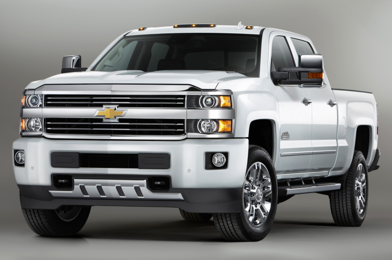 2015 Chevrolet Silverado High Country HD Goes Up-Market Photo Gallery