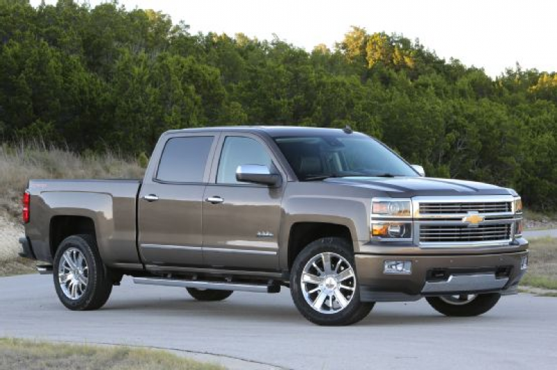 2014-chevrolet-silverado-high-country-front-view.jpg