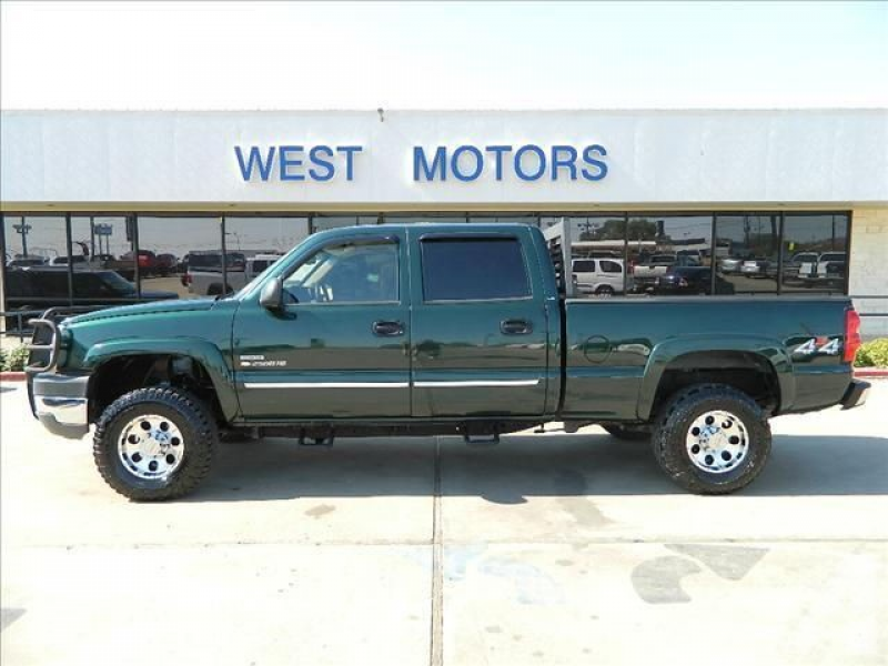 2004 Chevrolet Silverado 2500 H/D for sale in Gonzales, Texas