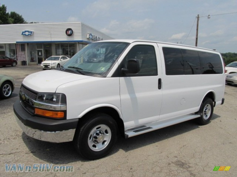 2011 Chevrolet Express LT 3500 Passenger Van in Summit White - 122250 ...