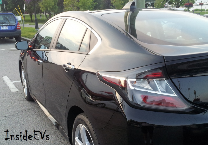 2016 Chevrolet Volt On The Road In Canada – Photos