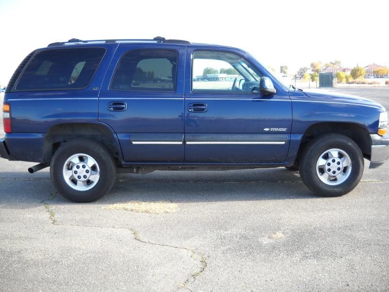 Picture of 2001 Chevrolet Tahoe LT 4WD, exterior