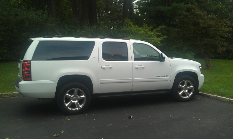 Picture of 2010 Chevrolet Suburban LS 1500 4WD, exterior
