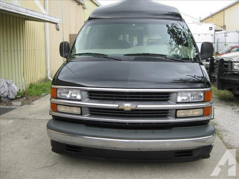 2000 Chevrolet Express 1500 for sale in Thibodaux, Louisiana