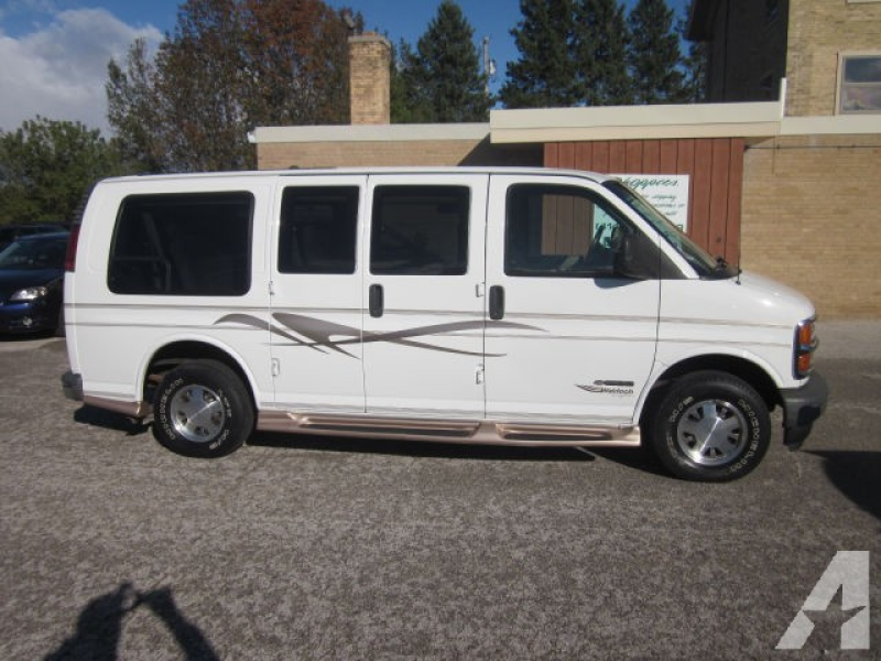 2000 Chevrolet Express 1500 LS Wagon for sale in Waldo, Wisconsin