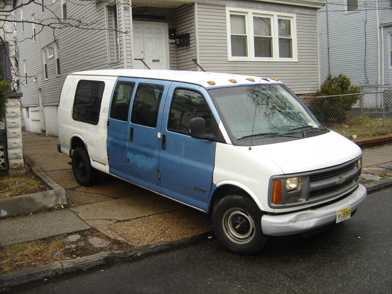 Another thewormempire 2000 Chevrolet Express 1500 Cargo post...