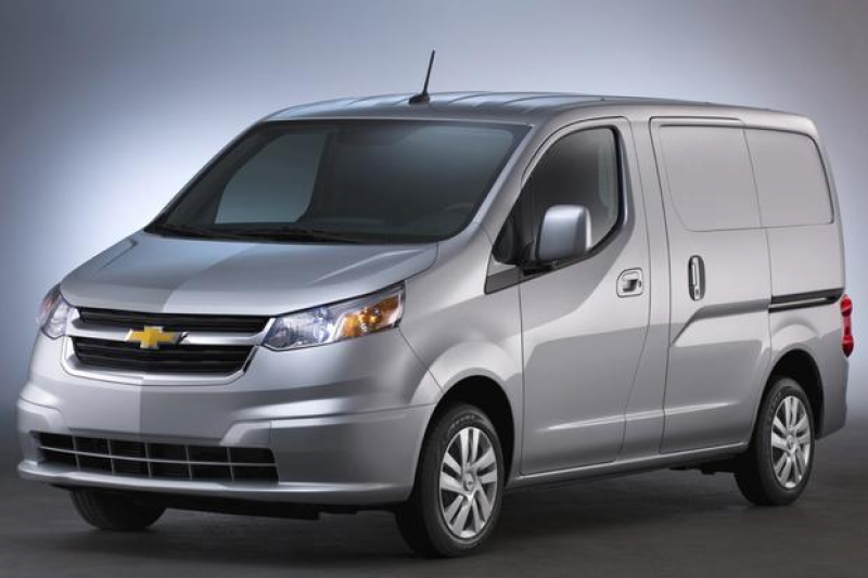 ... chevy s full size van lineup the 2015 chevrolet express 3500 packs a