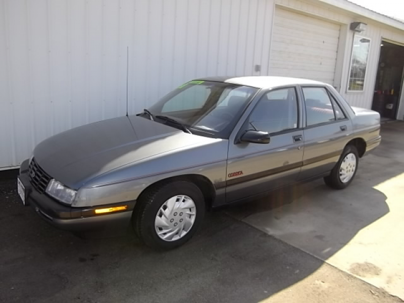 1990 Chevrolet Corsica - Center Point, IA 52213