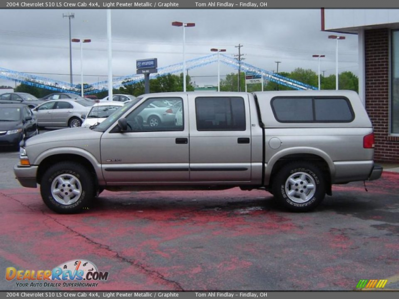 2004 Chevrolet S10 LS Crew Cab 4x4 Light Pewter Metallic / Graphite ...