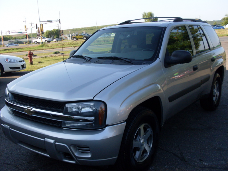 2005 Chevrolet Trailblazer silver