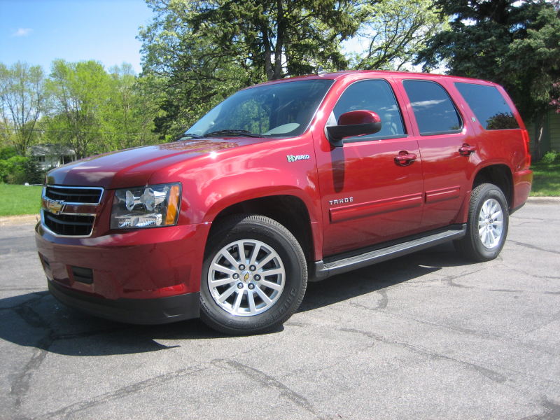Review – 2010 Chevrolet Tahoe Hybrid