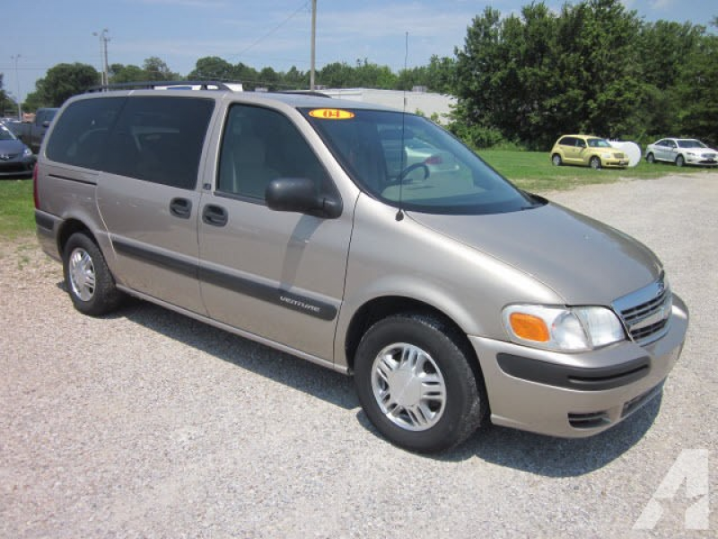 2004 Chevrolet Venture LS for sale in Mount Carmel, Illinois