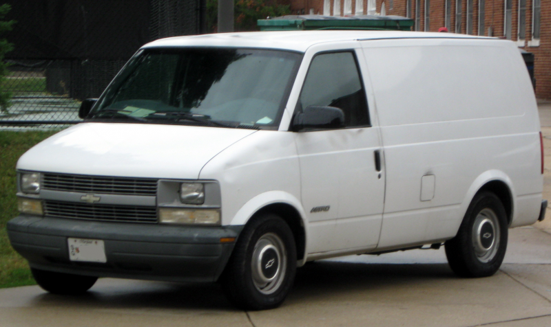 Description 2nd Chevrolet Astro -- 09-27-2010.jpg