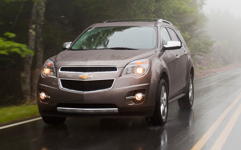 2013 Chevrolet Equinox In Motion Photo 6
