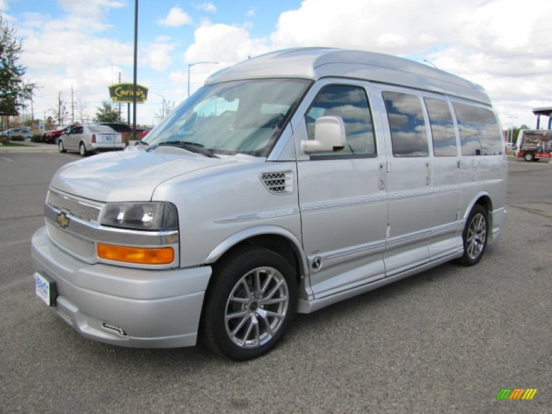 ... Silver Metallic 2012 Chevrolet Express 1500 with Medium Pewter seats