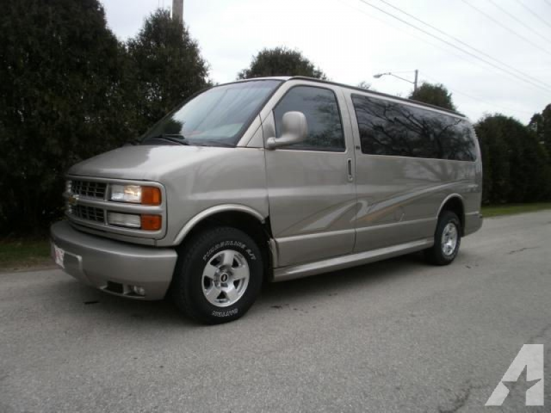 2001 Chevrolet Express 1500 for sale in Cedar Rapids, Iowa