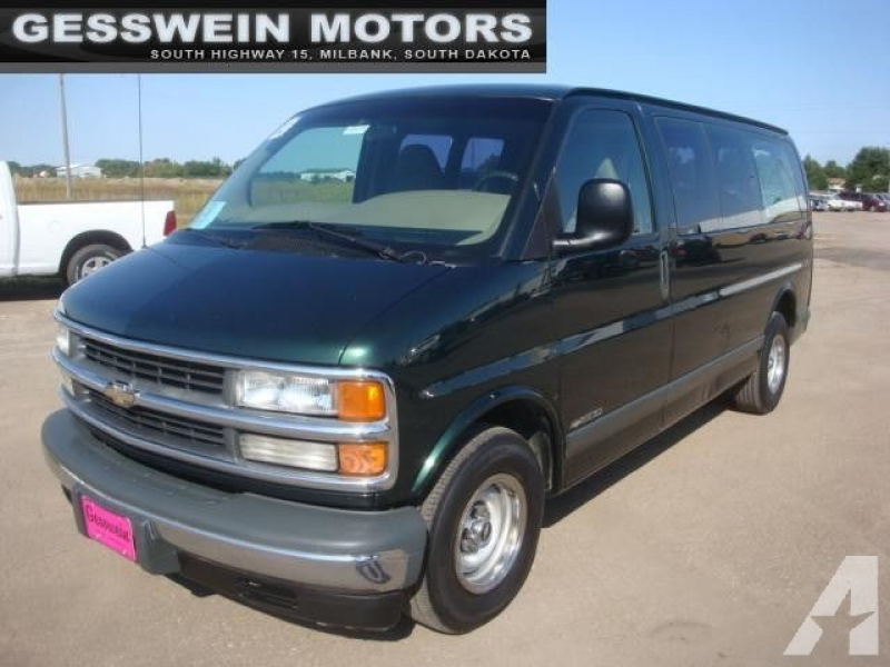 2002 Chevrolet Express 1500 for sale in Milbank, South Dakota