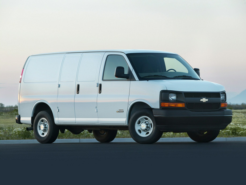 2015 Chevrolet Express 3500 Minivan Van Work Van Rear wheel Drive ...