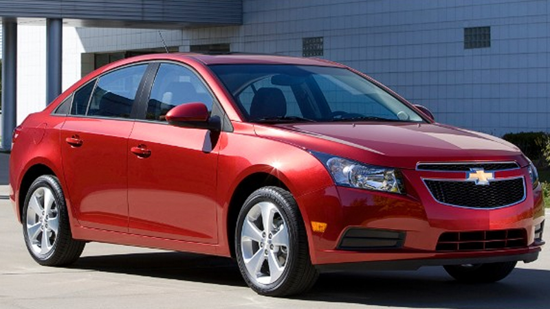 ... plans to recall nearly 300,000 Chevrolet Cruze cars. (credit: GM