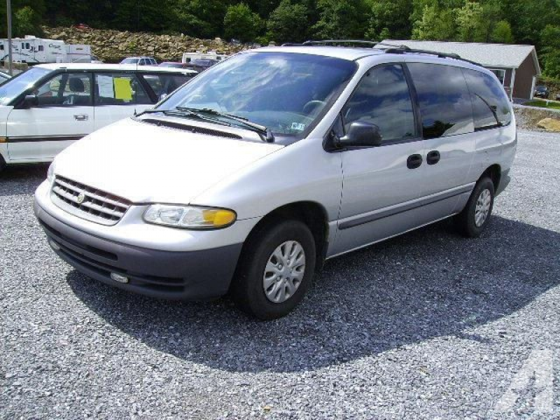 2000 Chrysler Grand Voyager for sale in Portage, Pennsylvania