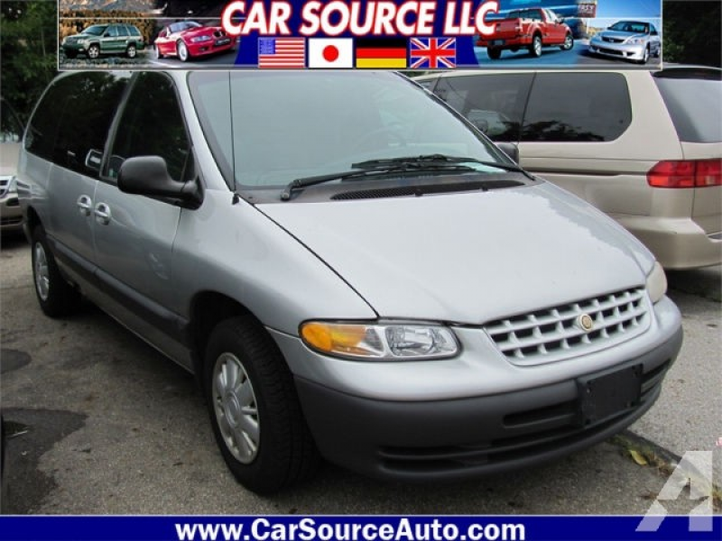 2000 Chrysler Grand Voyager SE for sale in Grove City, Ohio