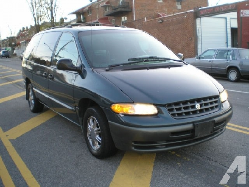 2000 Chrysler Grand Voyager for sale in Bronx, New York