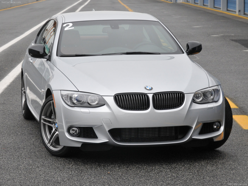 BMW 335 is COUPE WALLPAPER