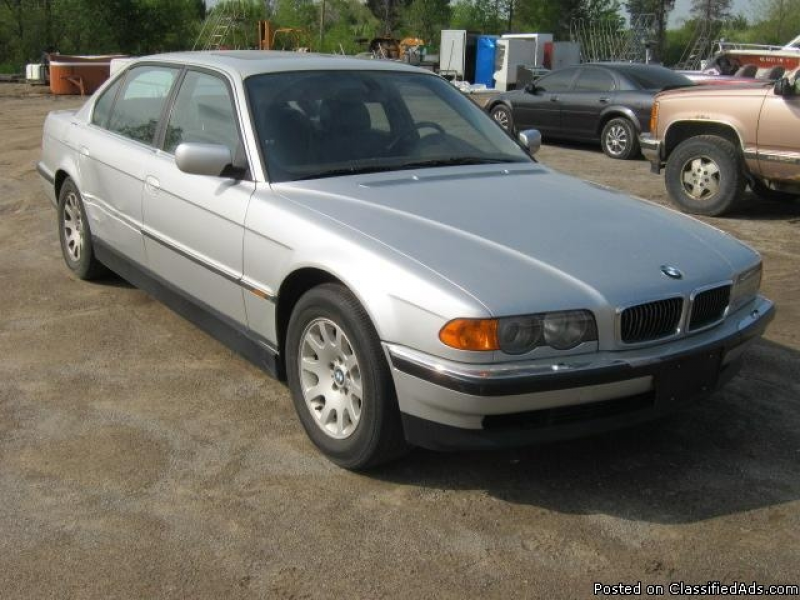 2000 BMW 740 IL in Ortonville, Michigan