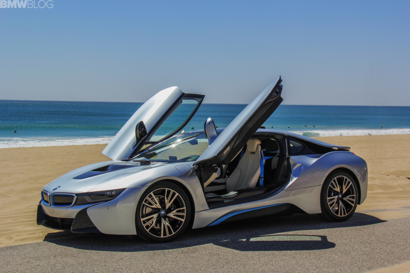 2015 bmw i8 drive review 06 750x500 Is The BMW i8 Worth The $100,000 ...