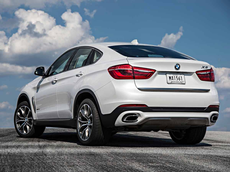 of the new BMW X6 blends the robustness and versatility of a BMW ...