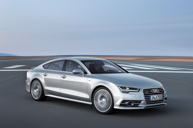 2015 Audi A7 Front Angle Motion