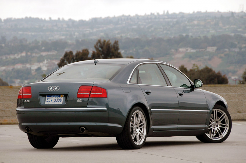 2009audia8review_02.jpg