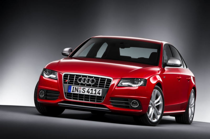 2010 Audi S4 and S4 Avant Unveiled with 333 Horsepower