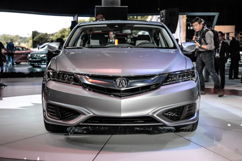 2016 Acura ILX: Now More Millennial-Friendly Photo Gallery