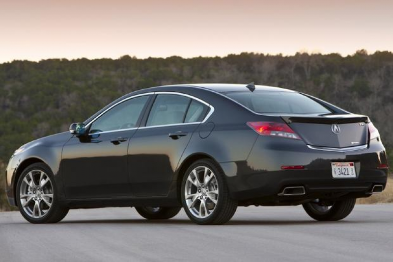 2014 Acura TL: New Car Review
